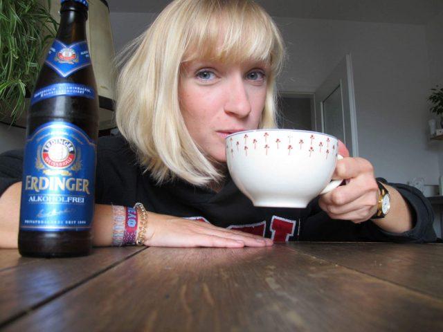 Mieke ist guten Mutes: Abwarten und Tee trinken!